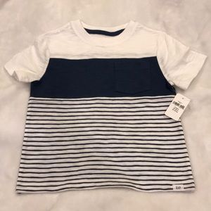 Baby Gap t-shirt for 3 years old toddler